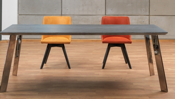 Antares Asztal