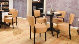 Nisa szék és asztal